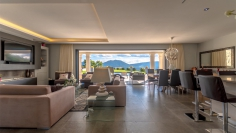 Stunning contemporary and very luxurious villa with panoramic views