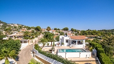 Stunning renovated Ibiza style villa with sea views and guest apartment