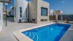 Immaculate contemporary 5 bedroom villa for sale in Polop
