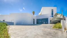 Fenomenale moderne villa met fantastisch zeezicht