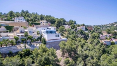 New modern villa with panoramic sea views in Benissa