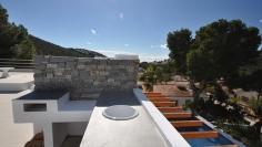 Prachtige Ibiza stijl villa met zeezicht
