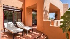 Elegant en zeer ruim appartement op heerlijke locatie met panoramisch uitzicht