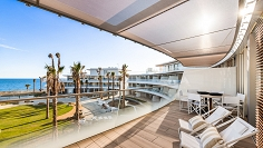 High end frontline beach apartment now for fantastic price