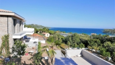 Absolutely stunning modern sea viea apartment for sale close to all amenities