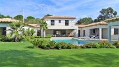 Fantastische luxe familievilla van topkwaliteit dichtbij het dorp
