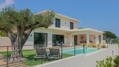 Modern new build villa with lovely views close to the village of Plan de la Tour