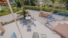 Beautiful semi-detached house in private domain with tennis court and swimmingpool