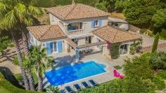 Sfeervolle Provencaalse villa met prachtige tuin dichtbij het strand