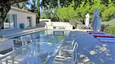 Stunning renovated villa with amazing sea views and walking distance to Grimaud Village
