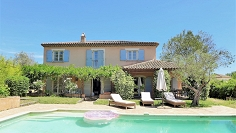 Typical Provencal country house close to amenities and the coast