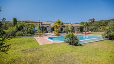 Superb villa in exclusive private domain close to the beach and next to the golfcourse