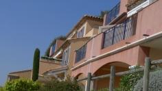 Mooi appartement met fantastisch uitzicht op de golfbaan en zee