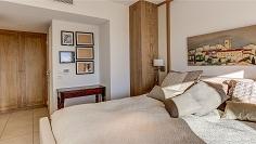 High end penthouse met enorm terras en zeezicht in het hart van het oude dorp