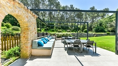 Charming family home in sought after location in Mougins
