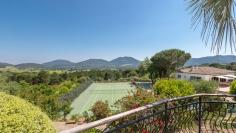 Beautiful domain of four villas close to St. Tropez