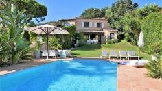 Charming villa with beautiful sea view