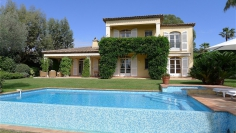 Beautiful villa in secure domain with private beach
