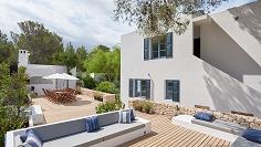 Schitterende elegante villa met zeezicht en op loopafstand van de zee