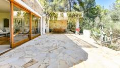 Schitterend Ibiza stijl landgoed omringd door natuur maar toch dicht bij Ibiza stad