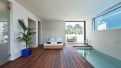 Smaakvolle luxe villa op loopafstand van het strand met prachtig uitzicht op Es Vedra