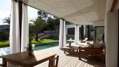 Prachtige moderne Ibiza villa met gastenverblijf dichtbij het strand van Cala Jondal