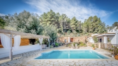 Stunning authentic Finca with outbuildings