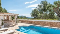 Immaculate Ibiza style villa with guest apartment and license for touristic rental