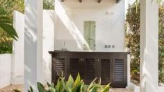 Sfeervolle Ibiza stijl villa met verhuurvergunning dichtbij het strand en haven