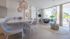 Stunning new build designer apartment close to the beach