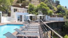 Spectaculaire villa direct aan zee in Es Cubells