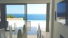 Schitterende design villa met prachtig zeezicht