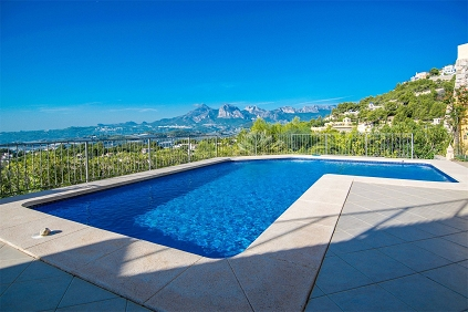 Beautiful Mediterranean style villa with amazing views near Altea La Vella