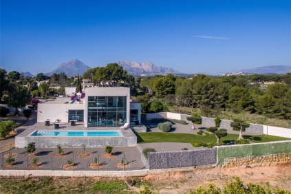 Stunning design villa offering magnificent sea and mountain views