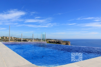 New modern panoramic sea view villa
