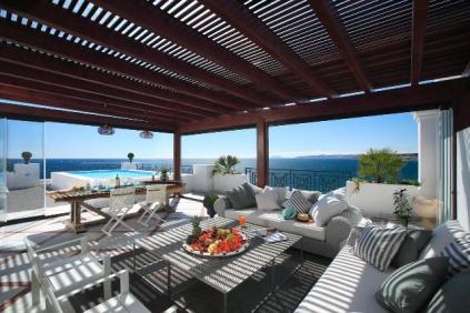 Luxe complex direct aan het strand