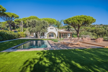 Super charmante Provencaalse villa op korte loopafstand van het strand