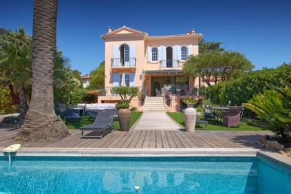 Unique and stunning seafront Belle Epoque villa
