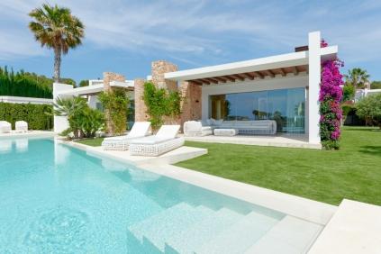 Stunning modern Ibiza villa with rental license in private urbanisation close to the beach