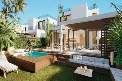 Stunning semi-detached villas walking distance from the beach in Cala Tarida