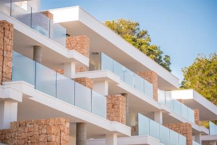 Moderne nieuwbouw appartementen met schitterend zeezicht Ibiza