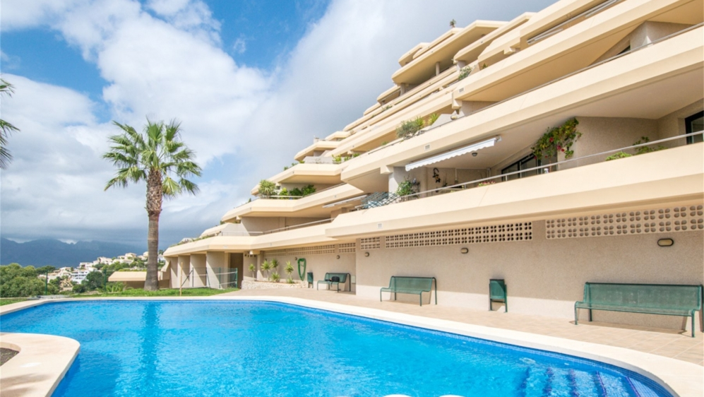 Lovely south facing apartment with spectacular Sea views in Altea