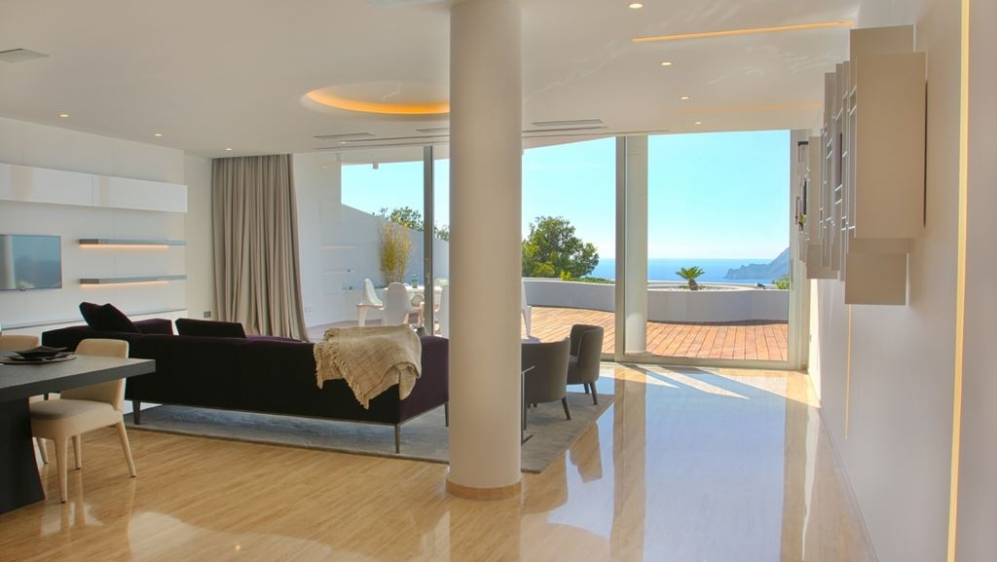 Ultra luxurious design apartement with stunning views!
