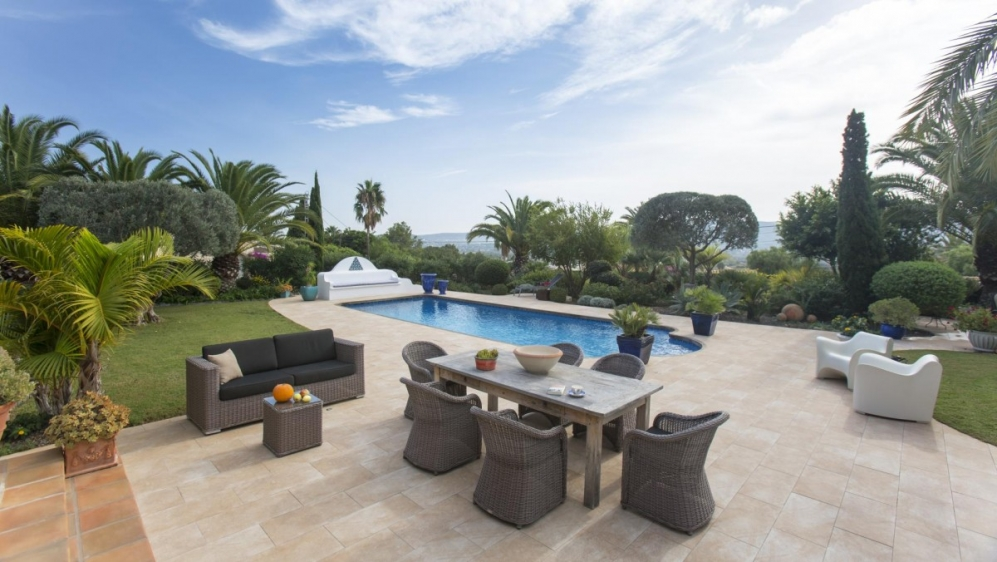 Most charming villa with stunning views in Javea