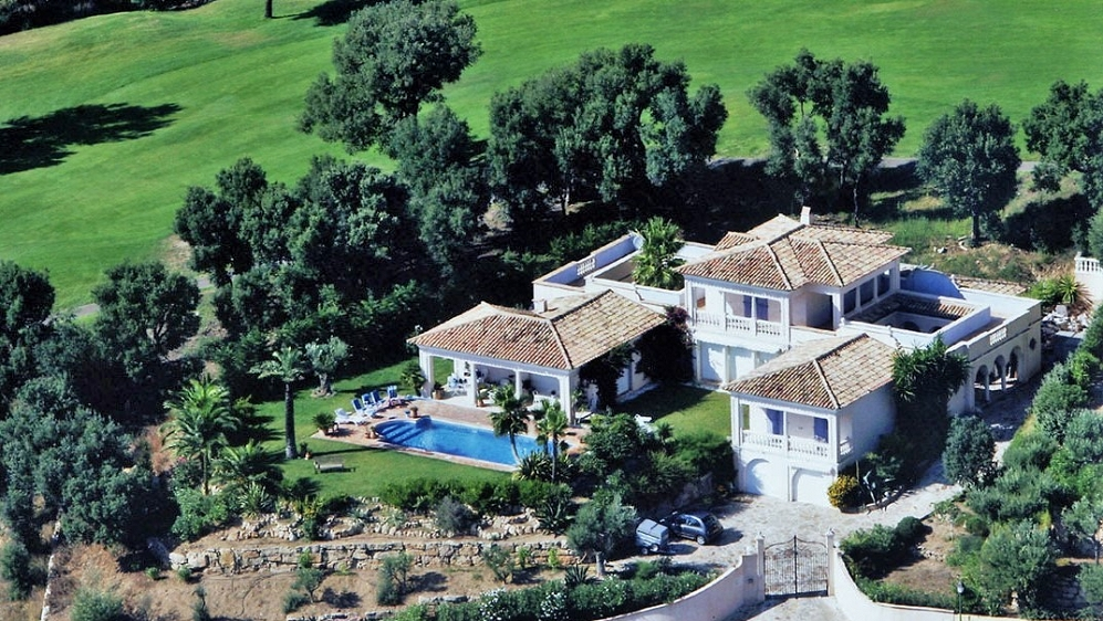 Beautiful luxurious villa offering amazing views of Saint Tropez bay