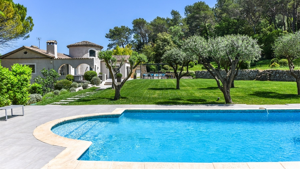 Charme en modern comfort in perfect familiehuis in Mougins