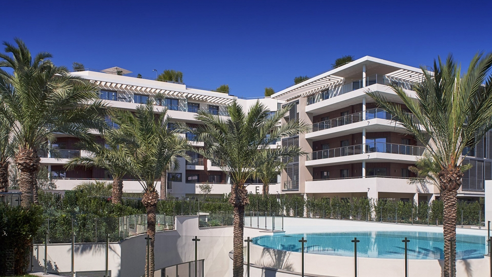 High end designer apartments and penthouses with 5* hotel services in prime location Cap d'Antibes
