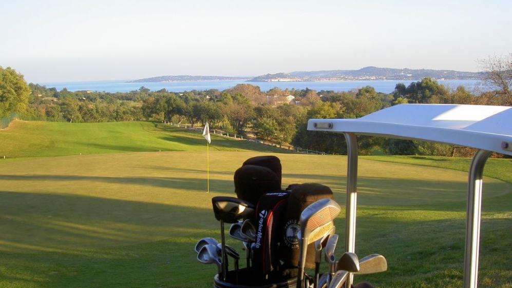 Sfeervolle villa in luxe domein met privé strand en golf