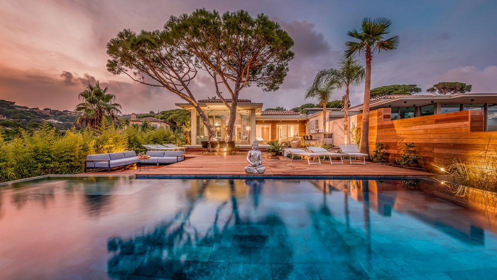 Stunning high tech designer villa with amazing sea views in absolute top location
