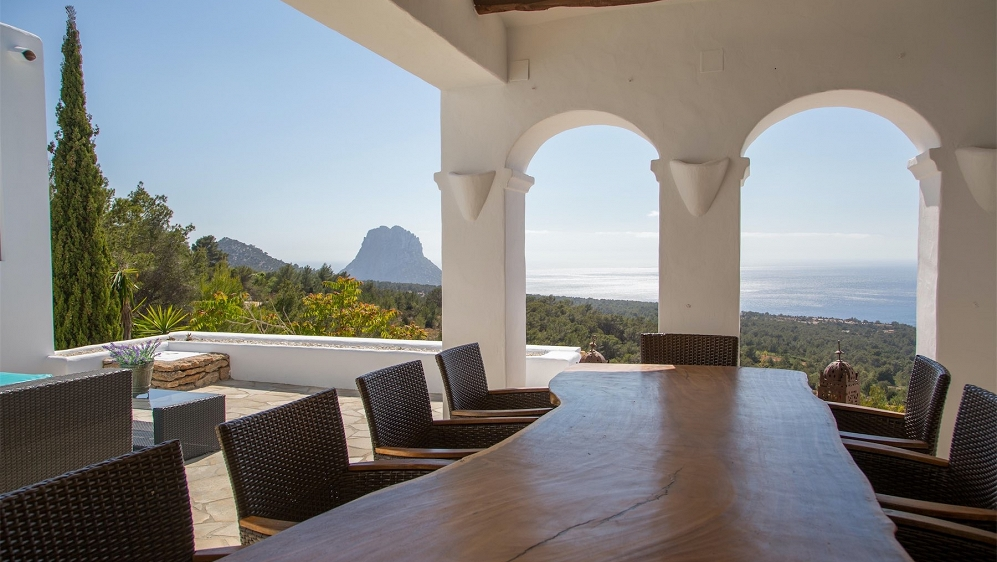 Stunning Ibenico villa with amazing sea views and Es Vedra and with touristic license